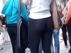 wow... beautiful ass
