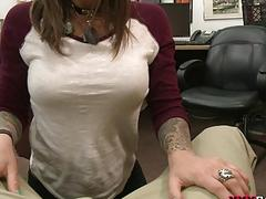 Brunette bitch nailed at the pawnshop