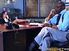 Attractive detective Ariella Ferrera wants a black dick