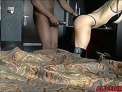 Busty housewife SouthernKitty fulfills her black dream