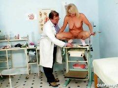 Full naked exam by her doctor