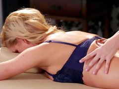 Milf enjoys younger babe to play with her snatch