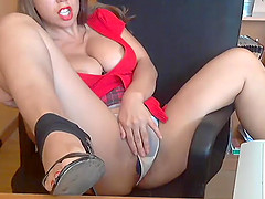 A Hot Huge Boobs Slut In Homemade Porn Show