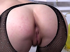 Right after giving a solid BJ lusty Sasha Sparrow deserves some good anal
