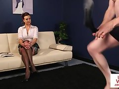 Busty instructing MILF helps naked stranger