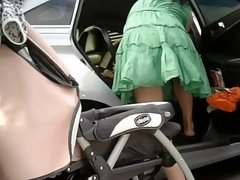 Great MILF with perfect booty in voyeur upskirt video