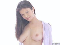Gorgeous Asian Girl with a Tattoo Loves to Fuck