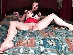Cute solo mom with small tits masturbates in bed