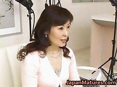 Hitomi Kurosaki Mature Asian chick part3