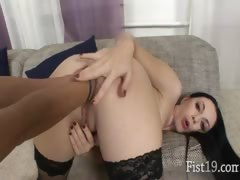 Isabella having two hands in her asshole