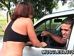 Muscle babe rubbing her big clit after run