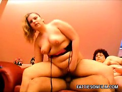 BBWs Taking Turns in a Threesome