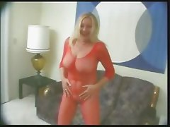 Older Lady in red bodystocking and big pussy o.O